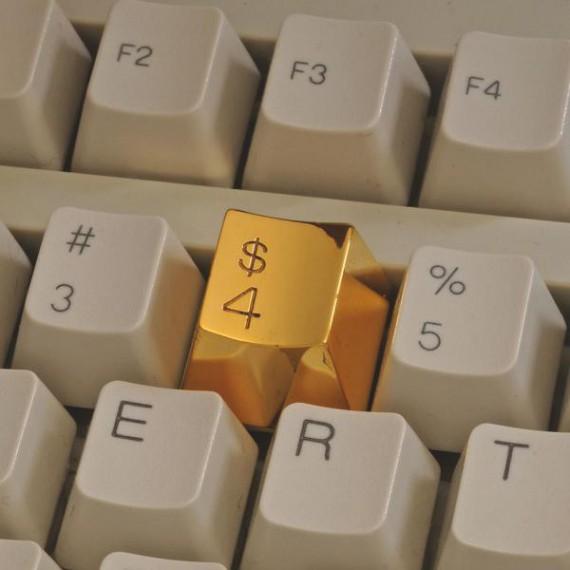 Touche de clavier en or