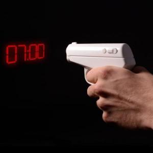 Le réveil pistolet agent secret