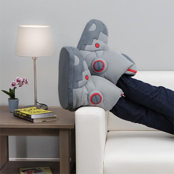 Chaussons robot géant