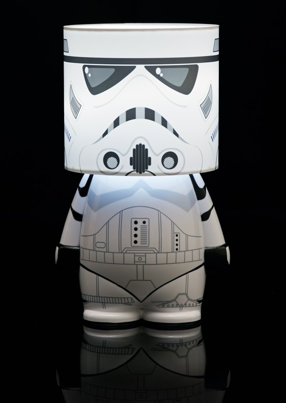 lampe led star wars stormtrooper commentseruiner. Black Bedroom Furniture Sets. Home Design Ideas