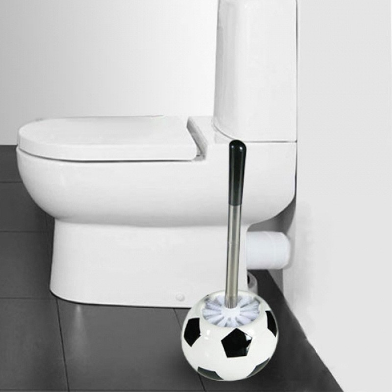brosse wc ballon de foot. Black Bedroom Furniture Sets. Home Design Ideas