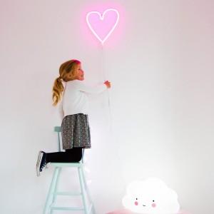 Lampe murale néon coeur rose