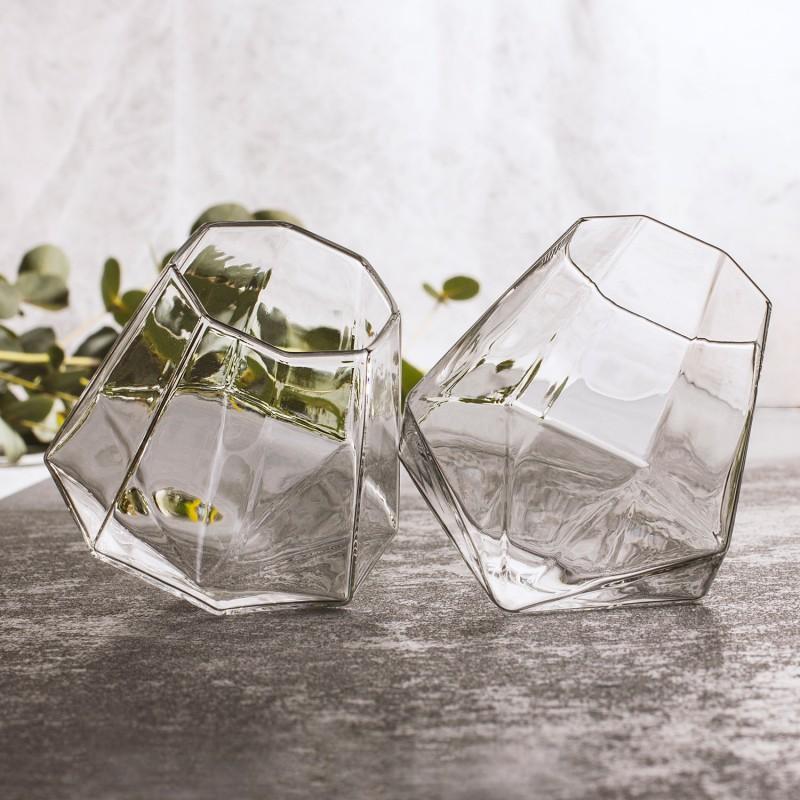 coffret de 2 verres whisky diamant commentseruiner. Black Bedroom Furniture Sets. Home Design Ideas
