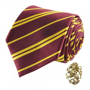 Cravate Deluxe Gryffondor avec pin's - Harry Potter