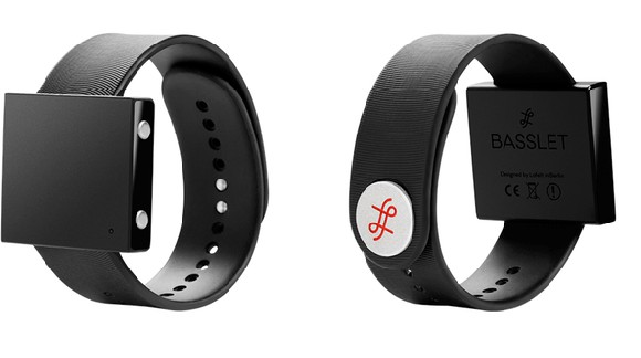Idéal pour les festivals, Basslet, le bracelet pour ressentir les basses dans votre corps