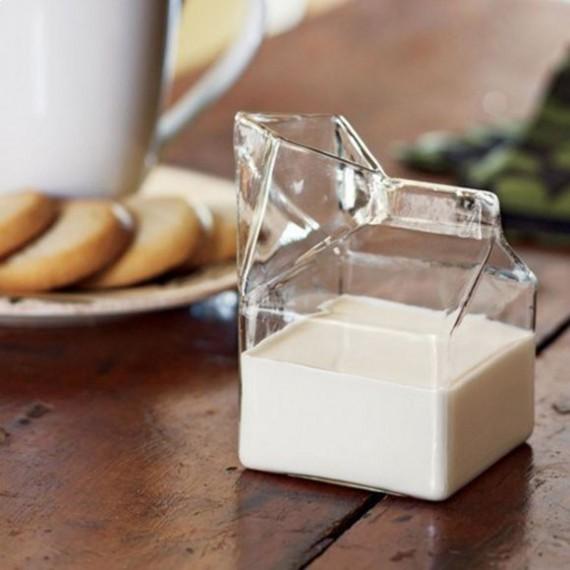 Pichet brique de lait